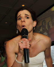 Singing Anne