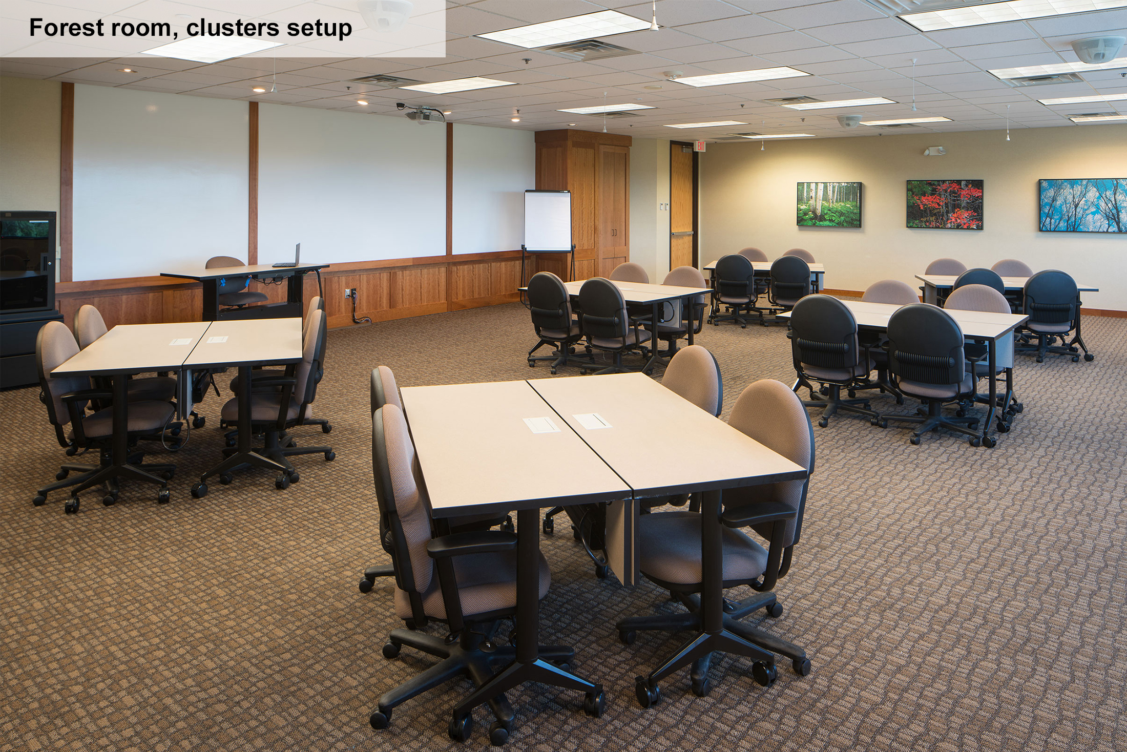Meeting Room For 60 Classroom Rental In Bloomington Mn
